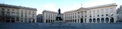Immeuble - Français:   fr:Place Royale de Reims