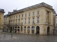 Immeuble - Français:   Immeuble au 13 place Royale à Reims (Marne, France)