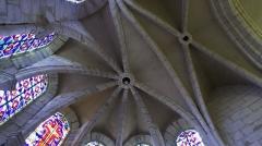 Eglise -  vue du plafond du choeur.