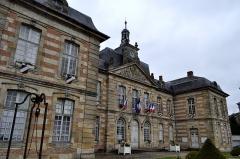 Hôtel de ville - English: Mairie de Sainte Ménéhould.