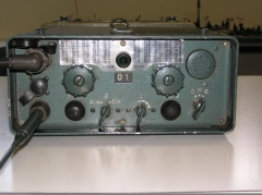 Eglise - Deutsch: FuG 8: Das erste Vielkanal-Funkgerät im neuen 20 kHz-Raster