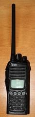 Eglise - Deutsch: Icom IC-F3162DT, digitales Betriebsfunk Handgerät nach IDAS/NXDN standard, umschaltbar analog 12.5/25 kHz <-> digital 6.25 kHz