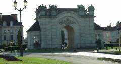 Porte du Pont -  Vitry-le-François (51300 - FRANCE): photographies  Porte du pont.