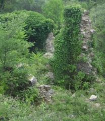 """Enceinte protohistorique dite """"Camp des Louvières"""" -  Ruderi del Mulino del Fruga (San Marino - Monte Peglia)"""