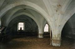 Abbaye de Longuay - Français:   Bâtiment des convers de l\'abbaye de Longuay (rez-de-chaussée)