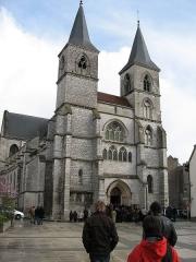 Eglise Saint-Jean-Baptiste - Deutsch: Chaumont: St. Jean Baptiste.