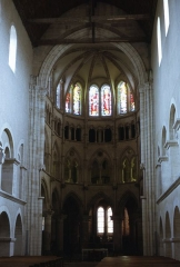 Eglise - Montier-en-Der, église (ancienne abbatiale) Saint-Pierre-et-Saint-Paul. Vue de l'abside depuis la nef (vue vers l'est-sud-est).