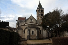 Eglise - English:  Apse of the St. Stephan's Church, view from the garden.