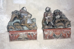 Eglise -  Shepherds playing the bagpipes. Items recovered from a Nativity of the 15th century.