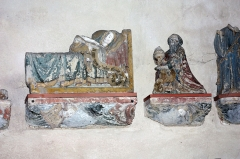 Eglise - English:  The Virgin layered and a Wise Man presenting gold at the Infant Jesus. Items recovered from a Nativity of the 15th century.