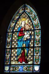 Eglise Saint-Pierre-Saint-Paul - Deutsch: Glasfenster in der Kirche Saints-Pierre-et-Paul in Rimaucourt, Darstellung: Madonna mit Kind, Signatur: