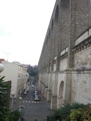 Aqueduc gallo-romain (restes) -  Arcueil, France  Vue des aqueducs Bellegrand et Médicis, côté Arcueil, vue d'Est en Ouest.