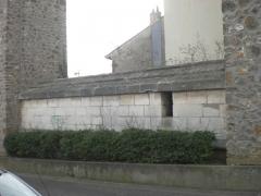 Aqueduc des Eaux de Rungis (également sur communes de Rungis, L'Hay-les-Roses, Cachan, Arcueil, Gentilly et Paris 14) -  Arcueil, France  liaison entre acqueduc Medicis et Belgrand