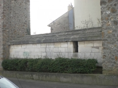 Aqueduc des Eaux de Rungis (également sur communes de Rungis, Fresnes, L'Hay-les-Roses, Cachan, Arcueil et Paris 14) -  Arcueil, France  liaison entre acqueduc Medicis et Belgrand