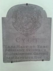 Ecole nationale vétérinaire - Armes de Gaston Jean Baptiste duc de Roquelaure, telles que représentées sur sa pierre tombale ( conservée au Musée de l'École vétérinaire de Maisons-Alfort).