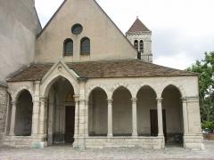 Eglise Saint-Nicolas -  Saint Maur des Fossés - église Saint Nicolas vue de la Place d'armes