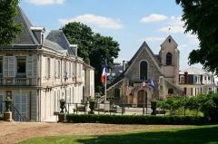 Eglise Saint-Pierre-Saint-Paul -  L'église de Villeneuve le Roi (94)
