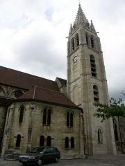 Eglise Saint-Germain -  Vitry sur Seine - Eglise St Germain vue depuis l'avenue de l'abbé Derry