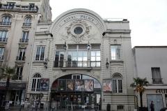 Cinéma Artel-UGC, ancien cinéma Royal Palace - Français:   Cinéma Royal Palace, Nogent-sur-Marne.
