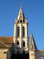 Eglise Saint-Christophe - Français:   Le clocher depuis le nord.
