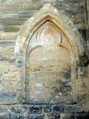 Eglise Saint-Pierre-ès-Liens -  Porte bouchée au sud.