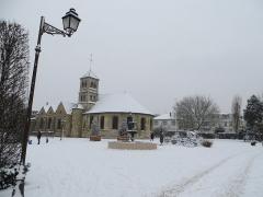 Eglise prieurale et paroissiale de Saint-Eugène - English: Place du V2 sous la neige