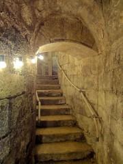 Eglise Saint-Pierre-Saint-Paul -  Escalier d'accès (à la montée).
