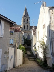 Eglise Notre-Dame -  Vue partielle depuis le nord.