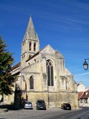 Eglise Notre-Dame - Français:   La façade orientale sur la Grande rue.