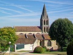 Eglise Notre-Dame - Français:   Vue de l\'église depuis le sud.