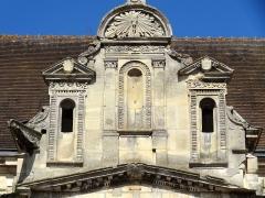 Eglise et chapelle funéraire - Français:   Église Saint-Rémi de Marines (voir titre).