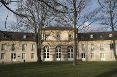 Château - Deutsch: Ehemalige Orangerie des Schlosses von Montmorency im Département Val d'Oise (Île-de-France/Frankreich)