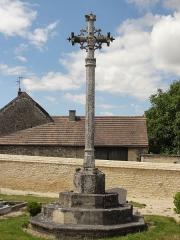 Croix de cimetière du 15s - Français:   Croix de cimetière d\'Omerville.