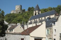 Eglise Saint-Samson - Deutsch: Donjon des Schlosses und katholische Pfarrkirche Saint-Samson in La Roche-Guyon im Département Val-d'Oise (Île-de-France/Frankreich)