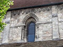 Eglise Saint-Clair - Français:   Seconde travée de la nef, côté nord.