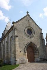 Eglise - Deutsch: katholische Kirche Notre-Dame in Us