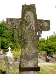 Croix -  Ancienne croix de cimetière de Vauréal, verso: Vierge à l\'Enfant.