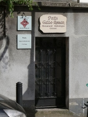 Puits gallo-romain - English: Gallo-roman pit in Villiers-le-Bel (Val-d'Oise, France).