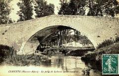 Pont romain sur le ravin de l'Encreme - Français:   Le Pont Romain de Céreste