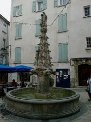 Fontaine Saint-Michel -  Alpes-Haute-Provence Forcalquier Place Saint-Michel Fontaine 12072014