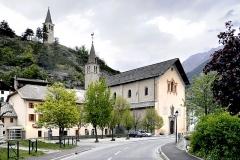 Eglise Saint-Nicolas-de-Myre -  Jausiers, Alpes-de-Haute-Provence (PACA) - Église Saint-Nicolas-de-Myre, classée au titre des Monuments historiques en 1921. Elle est dominée par un clocher, l'ancien campanile de l'église paroissiale.