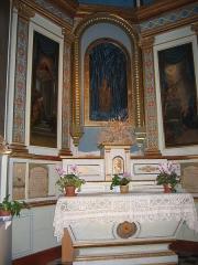 Eglise Notre-Dame-de-Romigier -  Autel de l'Eglise Notre-Dame de Romigier et sa Vierge Vierge en marbre de Pierre Puget, Place de l'Hotel de Ville, Manosque, Provence, France