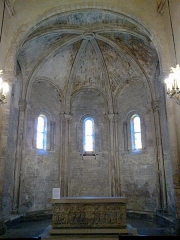 Eglise Notre-Dame-de-Romigier -  Manosque Eglise Notre-Dame-De-Romigier Choeur Autel Sarcophage