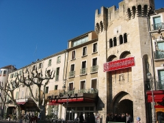 Porte de la Saunerie -  Porte Saunerie (porte du sel) (1382) , Manosque, Provence, France