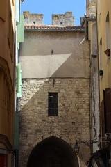 Porte de la Saunerie - Français:   Porte de la Saunerie, Manosque.