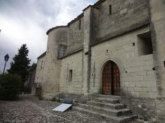 Chapelle avec son clocher -  Façade sud de l'église Saint-Michel à Saint-Michel-de-l'Observatoire (04).
