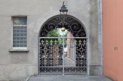 Hôpital - Français:   Hôpital de Sisteron.