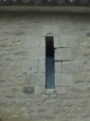 Prieuré Notre-Dame-du-Largue -  baie de la chapelle Notre-Dame-du-Largue, à Villemus