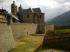 Eglise paroissiale Notre-Dame, Saint-Nicolas (ancienne collégiale) -  Hautes Alpes Briancon Porte Dauphine  Collegiale