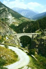Pont d'Asfeld sur la Durance - Deutsch: Festungsanlagen von Briancon